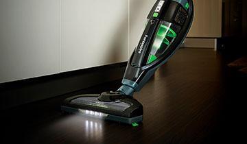 Elektrischer Standstaubsauger Forzaspira SR25.9 Plus - Bodendüse mit LED-Leuchten